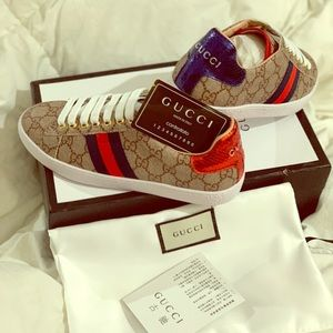 Shoes - Gucci sneaker